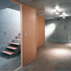 設計/木製パネル 随分以前の作品ですが、阪神大震災の被災住…