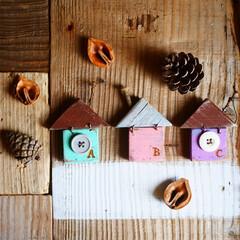 男前インテリア/木工/リメイク/廃材/廃材リメイク/雑貨/... 端材で作った小屋モビールです。 小さいの…