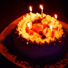 お菓子/ケーキ/誕生日/誕生日ケーキ/お菓子作り/手作り/... 高校生の娘の誕生日でした。 お菓子作りが…