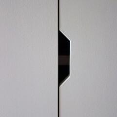 手掛け/収納/つまみ/ハンドル/扉/リノベーション/... 収納のつまみが出っ張るとぶつかるし、目立…