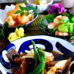 献立/夕飯/竹の子と高野豆腐の煮物/海老すり身の唐揚げボール/海老とキューリの胡麻酢和え/カレイの煮付け こんばんは^ ^  今日も朝からザーザー…
