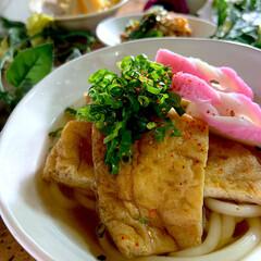 豚肉のオイスター炒め/リミアな暮らし/竹の子土佐煮/酢の物/きつねうどん こんばんは^ ^  今日は肌寒い一日でし…