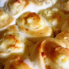 お家パン/アップルリング食べたいなぁ/チーズパンブーム/フォロー大歓迎 明日朝のチーズパン^ ^  息子のチーズ…