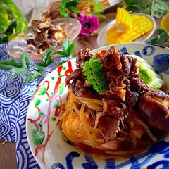 イカとししとうのバター醤油炒め/茄子のお浸し/とうもろこし/夕飯/肉豆腐 こんばんは^ ^  今日も止まない雨で、…