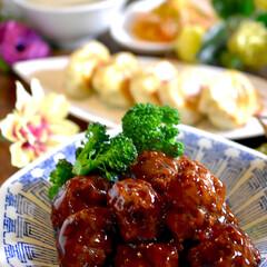 餃子/春雨サラダ/中華スープ/献立/甘酢肉団子 こんばんは^ ^  夕方から風がビュー‼…