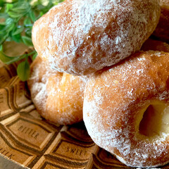 リミアな暮らし/シュガーレイズド/手作りおやつ/オヤツ/ドーナツ/イーストドーナツ こんにちは^ ^ 今日のお休みはゆっくり…