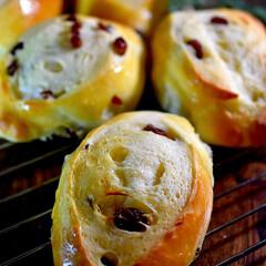 有機レーズン/リミアな暮らし/朝ごはん/手作りパン/レーズンパン/ハンドメイド こんばんは^ ^  毎日のロールパンは今…