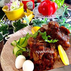 献立/冷やしトマト/野菜サラダ/夕飯/スペアリブ/BBQソース/... こんばんは^ ^ 今日は久しぶりにカラッ…(1枚目)