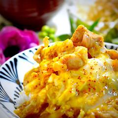 献立/大根サラダ/お味噌汁/親子丼/フォロー大歓迎 今夜の夕飯です^ ^  今夜は食材整理の…