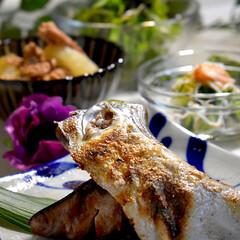 献立/水菜サラダ/せせり大根/ブリの釜焼き/食材整理/フォロー大歓迎 今夜の夕飯です^ ^ 今夜は食材整理です…