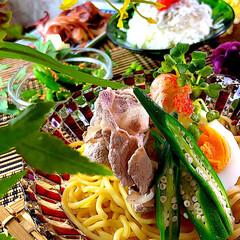 献立/夕飯/明太シラス丼/赤イカバター醤油焼き/インゲン胡麻和え/つけ麺 こんばんは^ ^  今日は暑かったぁ💦蒸…