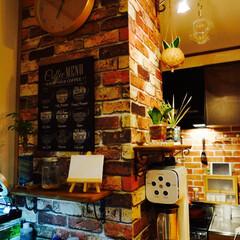 DIY/カフェ風/レンガ調 キッチンカウンターの上にどうしても作りた…