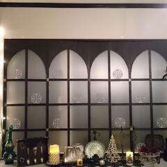 クリスマスツリー/オーナメント/内窓 イルミネーションライトでツリーを演出。 …