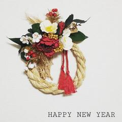 しめ縄アレンジ/しめ縄飾り/しめ縄リース/しめ縄/お正月2020/キャンドゥ/... 手作りねしめ縄と100均の花で