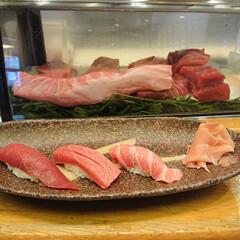 たこの唐揚げ/鴨ロース/秋刀魚の刺身/白子ポン酢/金目鯛の煮付け/大間のマグロ/... 昨夜も娘と大好きなお寿司屋さんで楽しく美…