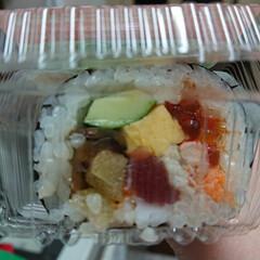 恵方巻き お寿司屋さんの本物の恵方巻き😋