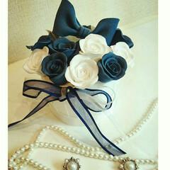 クレイクラフト/クレイ/DIY/雑貨/ハンドメイド/マカロンタワー/... 薔薇とりぼんのクレイケーキです☆ リング…