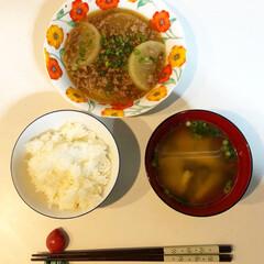 旦那飯/料理練習中/ニムキッチン 今日の旦那さんの夕飯セットです。 大根と…