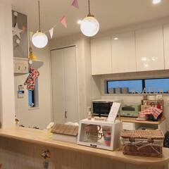 3COINS/coucou/サリュ/照明器具/カフェ風インテリア/カフェ風キッチン/... ダイニングテーブルから見たキッチン😆♡2…