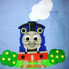機関車トーマス/ハンドメイド 息子の幼稚園のスモックのポケットに、大好…