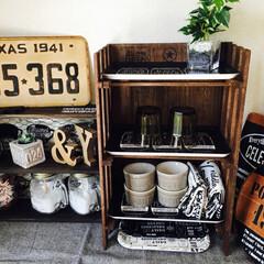 salut!/3COINS/100均/セリア/ダイソー/生活雑貨/... 男前café風すのこde飾り棚を作りまし…