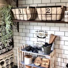 カフェ風/シェルフDIY/すのこ棚/すのこリメイク/ももたくママ/100均/... セリアのスノコとカフェトレイでcafé棚…