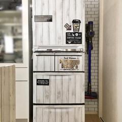 冷蔵庫リメイク/ももたくママ/リメイクシート/リメイク/100均/セリア/... シルバー冷蔵庫をリメイクしました◡̈♥︎