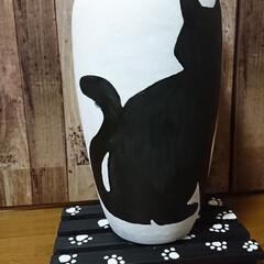 黒猫/花瓶リメイク🖌️/次のコンテストはコレだ!/雑貨/ハンドメイド デカイ花瓶にくーちゃん🐈書きました🖌️(2枚目)
