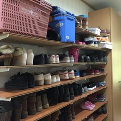 40足以上の靴を簡単整理 数千円で40足以上の靴を整理しちゃいまし…