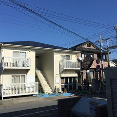 アパート屋根外壁塗装 アパート、屋根も壁も綺麗になり大変喜んで…