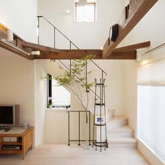階段 アイアンをつかった階段。素朴な質感とアン…