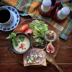 空き缶/レトロ食器/ワンプレート/おうちカフェ/朝ごはん/朝ごパン  2020.10.14 水曜日 今日の朝…