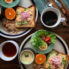 オープントースト/ストーンウェア/朝ごはん/ゆるゆる低糖質制限/レトロ食器/朝ごパン/... 2020.11.12 木曜日 今日の朝こ…(1枚目)