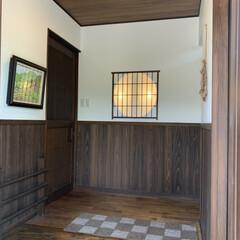 照明器具/インテリア/ドライフラワー/油絵/和風玄関/古民家風/... 玄関の様子。トトロが好きなので、 サツキ…