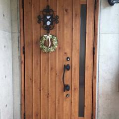 私の家/ここが好き/私の家のここが好き/玄関/リース/季節/... お気に入りの玄関ドア♪ 打ちっぱなしのコ…