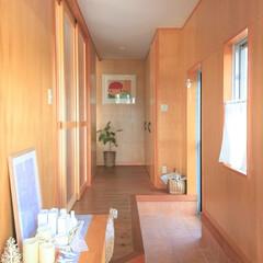 私の家/ここが好き/私の家のここが好き/玄関/インテリア/家づくり/... 細長い玄関ホールが好き♡  建築時は一見…