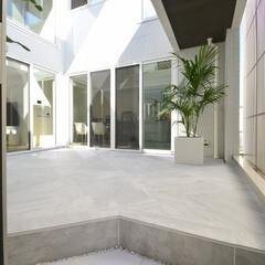ESTINA/エスティナ/ガーデン/外構/エクステリア/庭/... プライベートスペース~2段仕様のタイルデ…