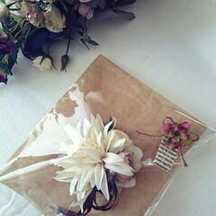 入学式コサージュ/入園式コサージュ/コサージュ/ダリア/ファッション/ハンドメイド ダリアのコサージュちゃん。本日お嫁にいき…