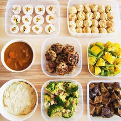 料理研究家/作り置き/常備菜/鶏肉/ひき肉/アンナのキッチン/... 一週間分の作り置きです♩ ★にんじんとイ…