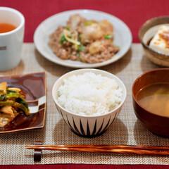 夜ごはん/里芋/キムチ 夜ごはん ▶︎里芋の牛ひき肉のそぼろ煮 …