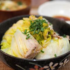 白菜/豚肉/白菜と豚肉のミルフィーユ/簡単レシピ 主菜:白菜と豚肉のミルフィーユ蒸し ★材…