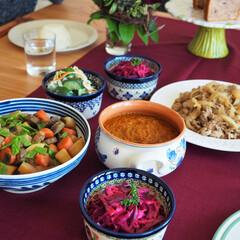パーティー/おもてなし料理/煮もの/カレー/豚丼/キュウリ/... 自宅でのパーティを開催しました♪ 根菜の…