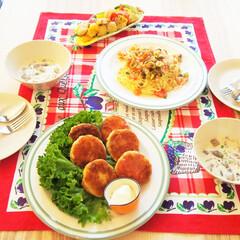 夜ご飯/料理/料理研究家/アンナのキッチン/わたしのごはん 手作りハムコロッケがメインの夜ご飯♩ 鶏…