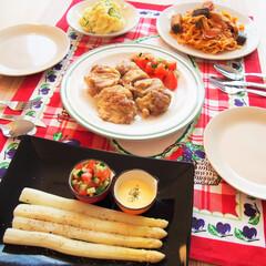 料理研究家/アンナのキッチン/夜ご飯/ドイツ/わたしのごはん ドイツで作る夜ご飯です♪ ★鶏もも肉のチ…