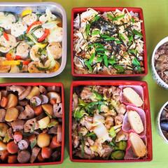 お重/お弁当/煮もの/ちらし寿司/ひな祭り/日本食/... お重に日本食を詰めて、ドイツの方にお渡し…