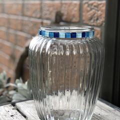 ガラスタイル/キャンディポットリメイク/花瓶/雑貨/DIY/インテリア/... DAISOさんをウロウロしてて見つけたキ…