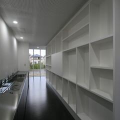 衝立/棚/モンドリアン/食堂 食堂の衝立の裏側はこんな感じです。