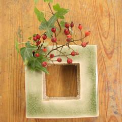 リース/花器/一輪挿し/フラワーベース/flower-base/緑 ハンキング例。