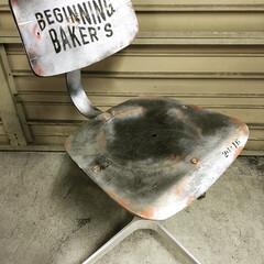 事務用品/椅子/椅子リメイク/DIY よくあるグレーの事務用の椅子をリメイク。…