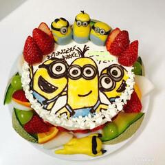 手作り/天然色素使用/誕生日/デコケーキ/キャラケーキ/フード/... ミニオンズのケーキ❁